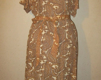 Vintage 60s Brown/Cream Peekaboo Cut Out Paisley Print Sheath Wiggle Dress with Cut Outs XL XXL