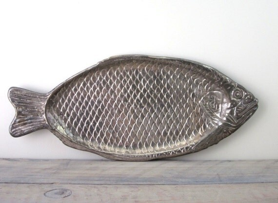 Silver plate fish serving platter tray for Fish serving platter