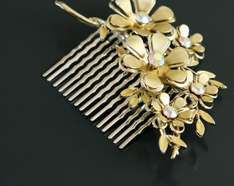 Petals of Gold. Vintage Rhinestone Flower Pin Upcycled into Bridal Hair Comb.