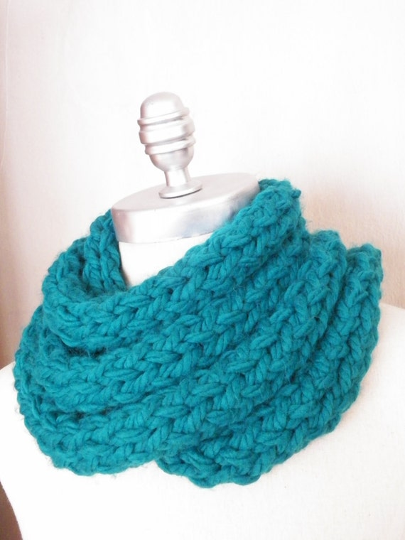 ON SALE. Skinny Scarf Turquoise Teal Super Chunky Knit Skinny Scarf