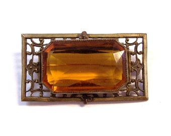 Amber Glass Brooch VINTAGE Brass FILIGREE Pin Art Nouveau Amber Glass Brass Filigree Brooch Pin Ready to Wear Vintage Jewelry Destash (A13)