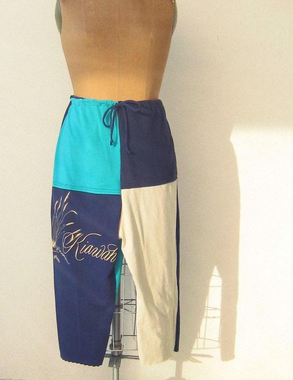 T Shirt Cropped Pants for Her Mom / Capris / Women Plus Size Pants / Blue Aqua Turquoise Tan Black / Drawstring / Kiawah SC / Soft / ohzie