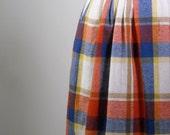 Vintage 1970s Skirt // Wool Secretary Skirt // Plaid Knee Length Skirt // 70s School Girl Skirt Large