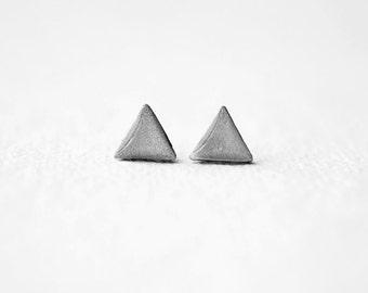 FREE WORLDWIDE SHIPPING - Geometric Triangle Silver Gray Stud Earrings