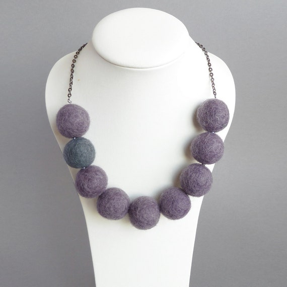 Purple Felt Necklace - Amethyst and Grey Felt Ball Necklace - Lilac Felted Jewellery - Grape Chunky Neckace - Lavender Statement Necklaces
