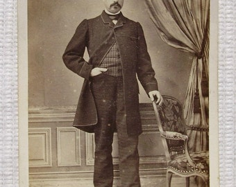 French Antique CDV Photo - Man with Hand in his Pocket (Lacroix, Moulins, France)