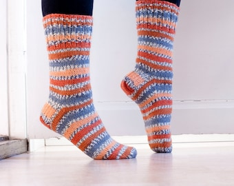 Striped socks in durable woolblend yarn in orange, tangerine and gray autumn colors