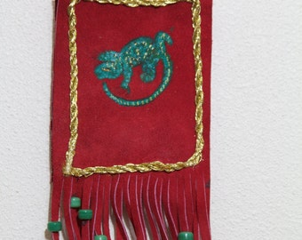 """Handmade/Hand-Painted Suede Cell Phone Bag/Pouch /Gecko the Chirping """"Mo'o"""" C"""