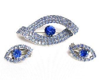 Gorgeous Vintage Sapphire and Blue Rhinestones, Unsigned Designer Brooch and Earrings