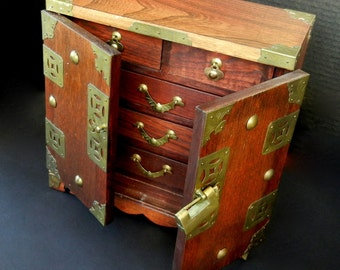 Solid Wood Oriental Chinese Jewelry, Trinket Box w/ five lined drawers / Etched Brass Hardware / st45