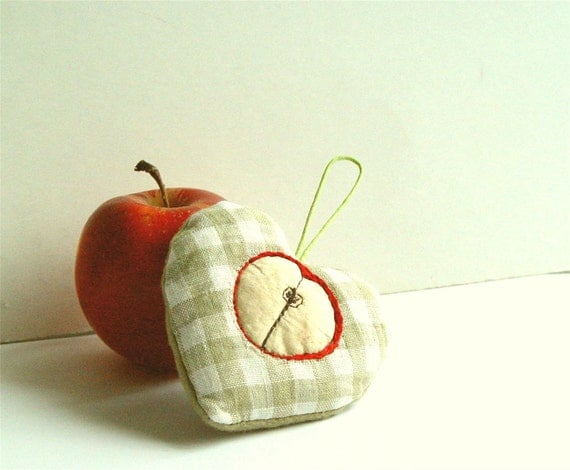Apple heart kitchen ornament home decor food by for Apple home decoration