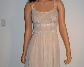 Sexy Beige Nightgown. Vintage 1950's Hollywood Goddess Gown with Sheer chiffon & lace bust.