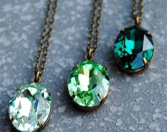 Emerald Rainbow Simple Pendant Necklace Swarovksi Crystal Oval Pendant Drop Necklace Chrysolite Peridot Green Lucky Bridesmaid Irish
