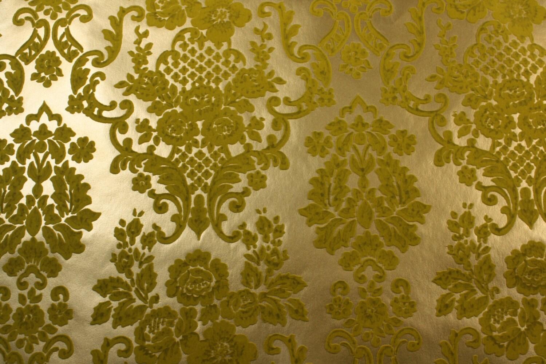 1970 39 s vintage wallpaper green flocked damask on metallic for Flock wallpaper