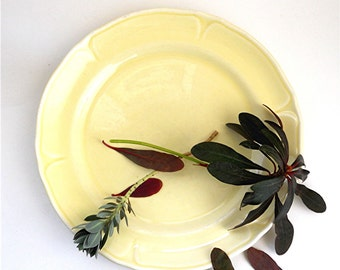 Vintage Yellow Plate, Mount Clemens Pottery Petal Pattern