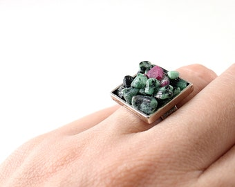 Green raw gemstone ring sterling silver rough stone ring, ruby zoisite ring, cocktail ring natural crystal gemstone ring raw stone ring