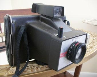 Polaroid camera, 1970s camera, vintage polaroid camera, vintage camera