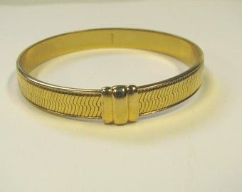Vintage Signed Monet Gold tone Bangle Bracelet in a Herringbone Pattern