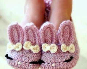 CROCHET PATTERN #215 Big Kids - Bunny Slipper - Classic Year-Round  - Big Kid's shoe Sizes 10-2 - Childrens sizes - Instant Download kc550