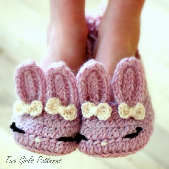 Crochet Pattern Beaded Baby Shoes : Childrens Crochet Pattern The Classic Year-Round Bunny