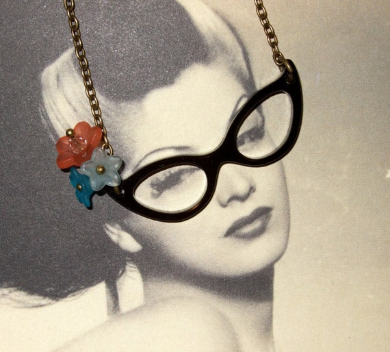 Glasses Necklace, 50s Style, Cat Eye Glasses, Rockabilly Jewelry, Black Glasses, Flower Glasses, Retro Glasses, Fifties Style, Pin Up Style