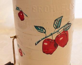 Vintage Bromwell's Flour Sifter - Apples - Farm Kitchen Decor