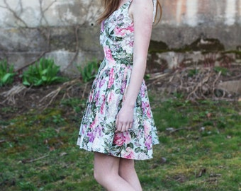 Upcycled vintage floral dress / 1960's / spaghetti strap / size small