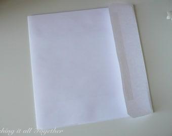 "7.75"" x 7.75"" Square White Envelope"