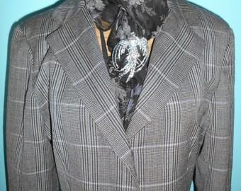 vtge womens pristine slim fittted blazer, windowpane design, pink grey pinstripe bust 36-38