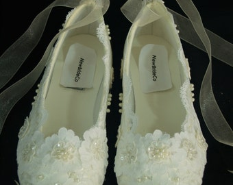 Wedding Ivory Lace Flat Shoes Ballet Style Satin Slippers Victorian style,Edwardian,Old Hollywood Glamor, Great Gatsby Style, Deco Nouveau