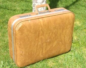 Vintage Light Brown Tan Travel Suitcase Weekend Bag Very Clean
