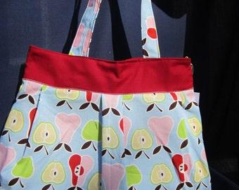 Pleated hobo purse