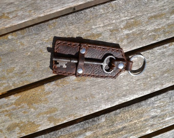 Leather Keychain with Vintage Skeleton Key - Hand stitched