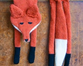 Sincerely Louise Knitted Faux Fox Stole Scarf Hand Made Wool / Acrylic