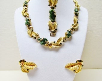 1960's demi parure by Denbe, green stone nugget necklace, bracelet, and earrings