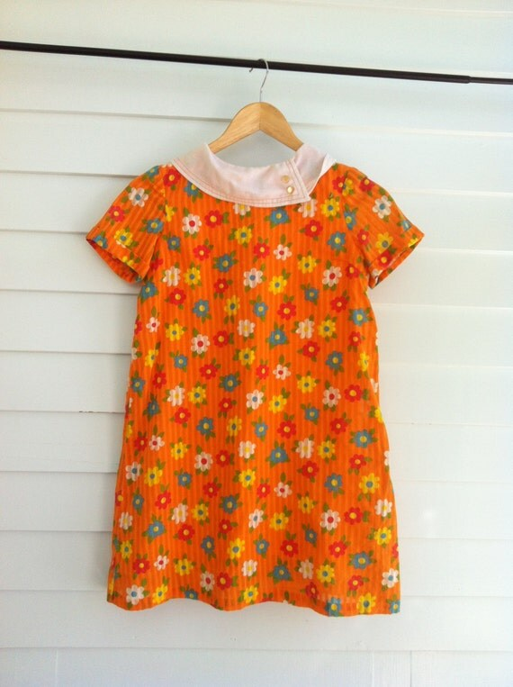 Vintage Girls Dress, 1960s Vintage Floral Short Dress with Collar and Metal Zipper by Manhattan Children's Wear Co Ltd