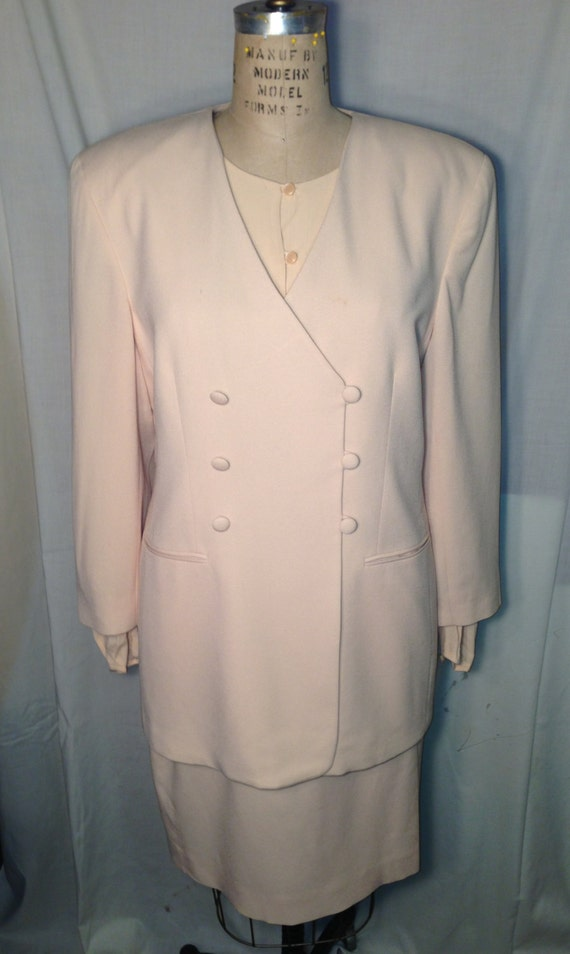 Vintage 80s Beige Three Piece Suit by Jones New York Size 14-16 t12