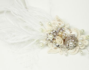 Feather Bridal Comb- Statement Bridal hairpiece- Bridal Hair Accessories- Wedding Hairpiece- Birdcage Veil Hairpiece- Feather Hair Accessory