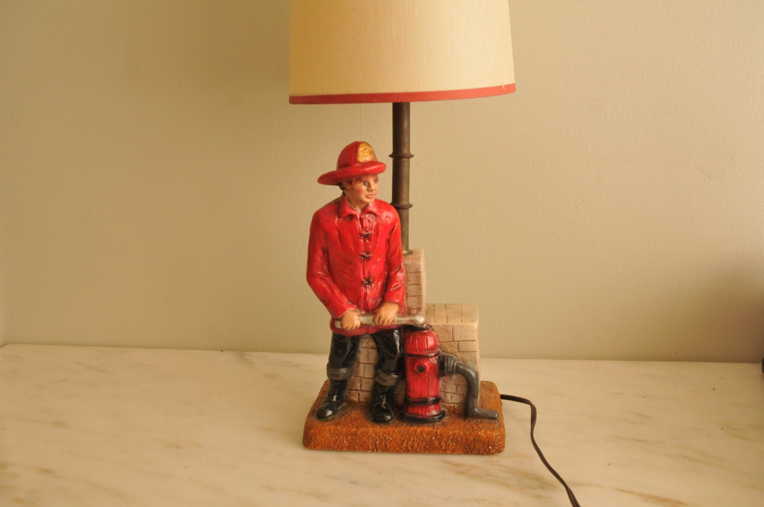 Vintage Chalkware Fireman And Hydrant Chalk Table Lamp 1980s