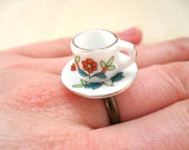 Mini retro flower patterned ceramic tea cup ring