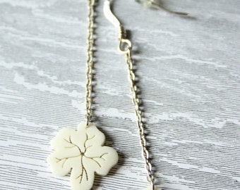 Hibiscus long earrings / Bone and sterling silver