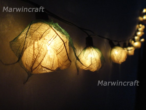 35 White Rose Flower Fairy String Lights Hanging by marwincraft