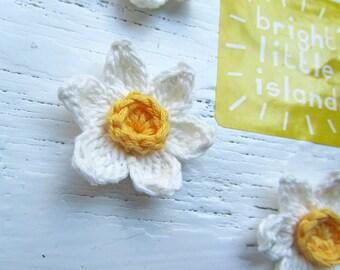 Crochet Daffodil Mini Butterfly Clip