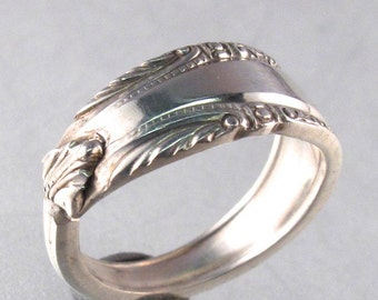 small STERLING SILVER SPOON ring. sterling spoon jewelry. promise ring . wedding jewelry  No.0079