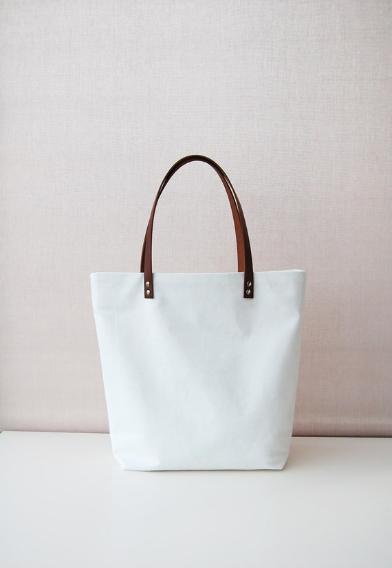 Canvas tote bag with leather handles