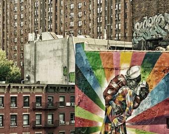 New York Photography, US Sailor Kissing a Nurse, New York Graffiti. Manhattan Highline Park, New York Street Art,  8x12 Photo, New York