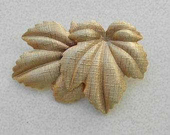 Vintage pin maple leaves gold tone brooch late 1960s vintage jewelry