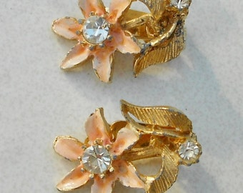 Mid century earrings vintage pink enamel flowers with rhinestone centers clip on mid century 1950s jewelry