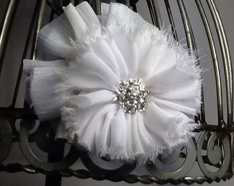 Hair clip: White chiffon hair clip, white flower hair clip, white flower hair accessory, shabby chic hair clip, girls hair clip