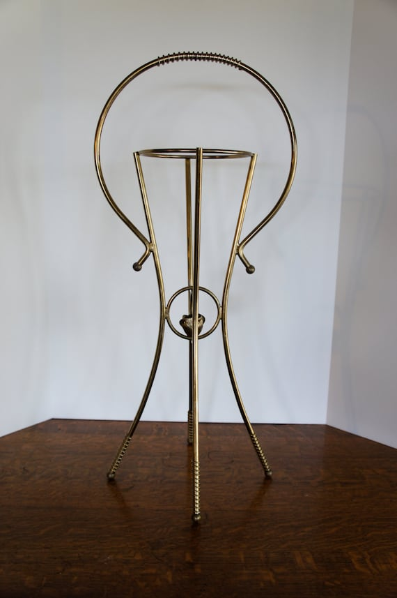 gold brass plant stand mid century modern pot holderplanter. Black Bedroom Furniture Sets. Home Design Ideas